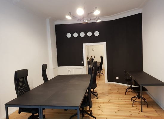 Plug&play office for 12-16 employees in Prenzlauer Berg