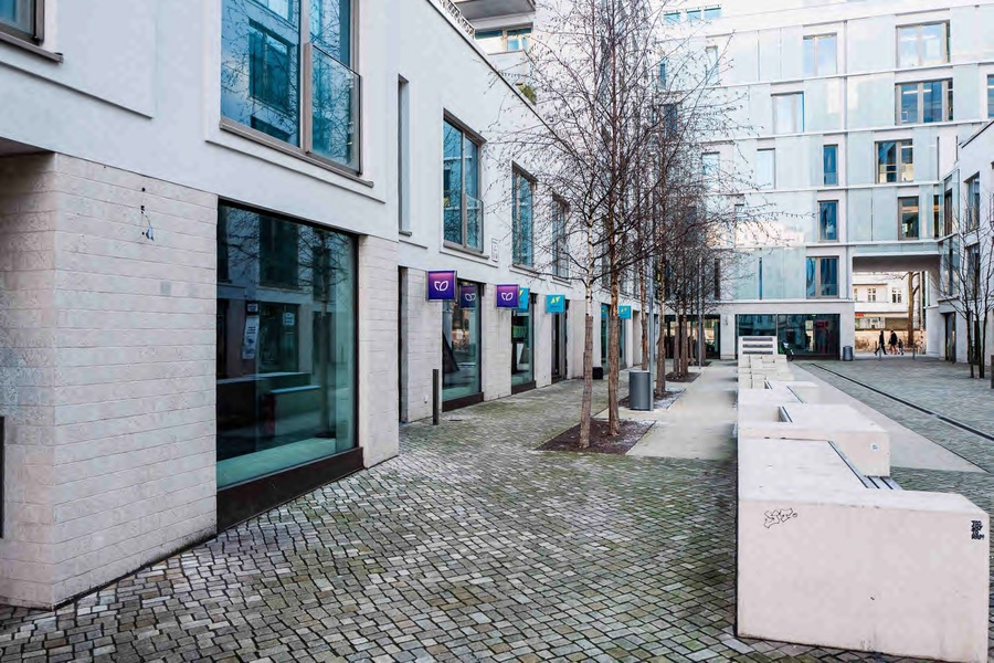 Plug&play office for up to 14 in Kastanienallee