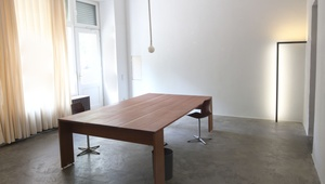 30 sq m room in shared office