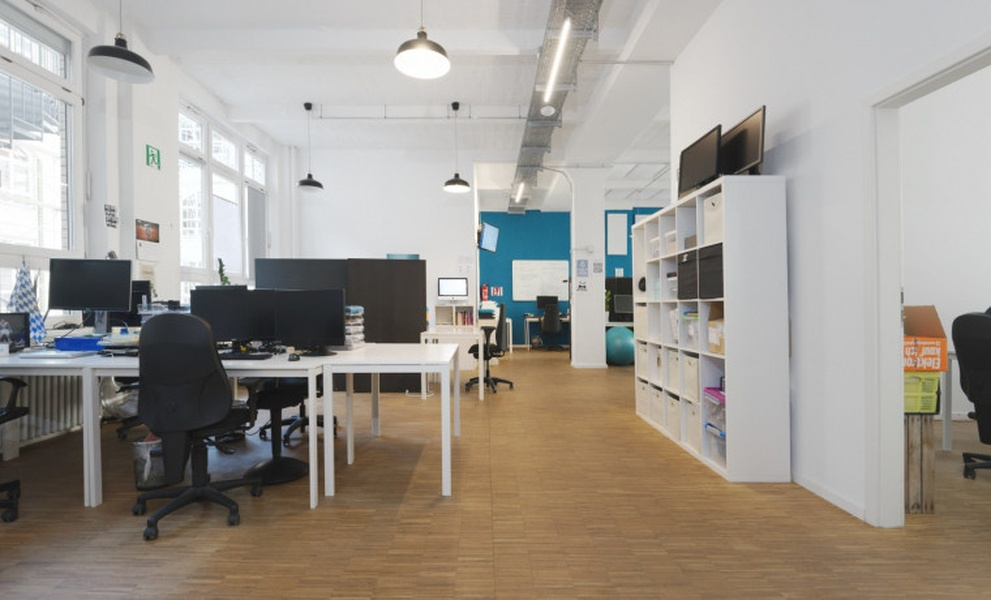 Loft office loft style for 30-40 people in Kreuzberg / Neukölln (All-incl.)
